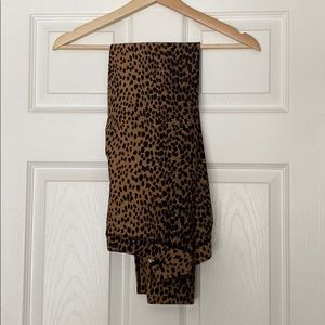 Glossy Leopard Leggings